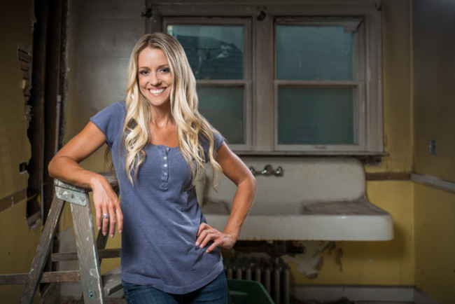 Guess what rehab addict nicole curtis net worth is